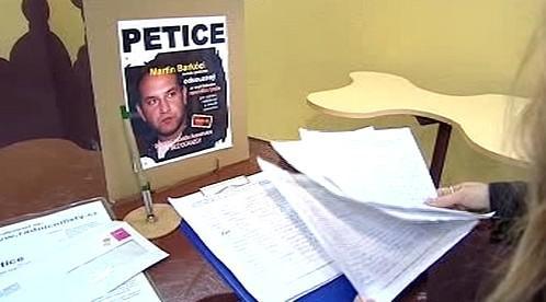 Petice za Martina Barkóciho