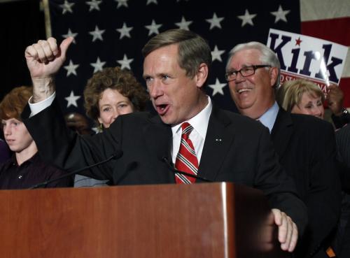 Mark Kirk získal křeslo, které dřív patřilo Obamovi