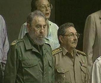 Bratři Fidel a Raúl Castrovi