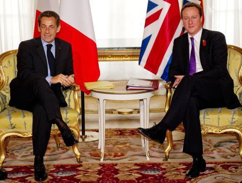 Nicolas Sarkozy a David Cameron
