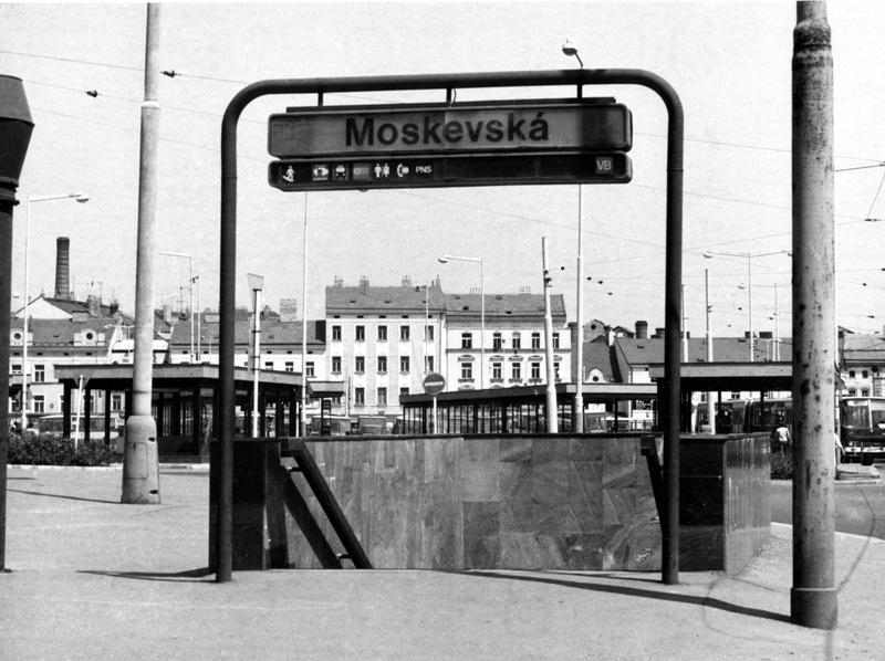 Moskevská a starý Smíchov