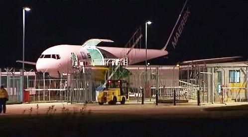 Letadlo společnosti FedEx v Dubaji