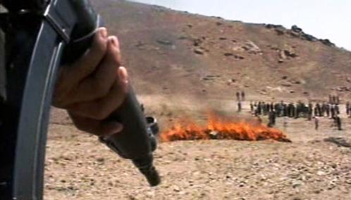 Pálení zabavených drog v Afghánistánu