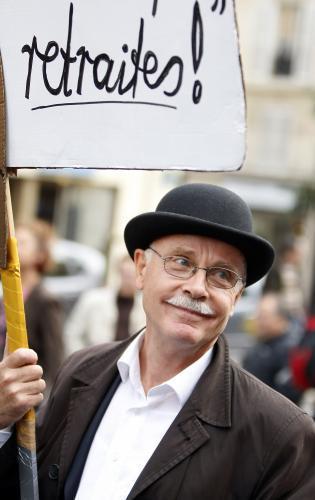 Francouzi se bouří proti důchodové reformě