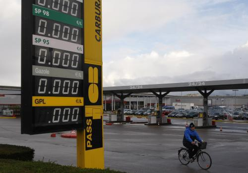 Francouzským benzinkám dochází palivo