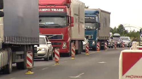 Dopravní omezení zkomplikovalo dopravu