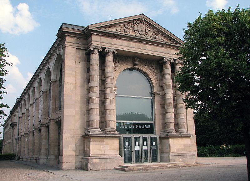 Národní galerie Jeu de Paume v Tuilerijských zahradách