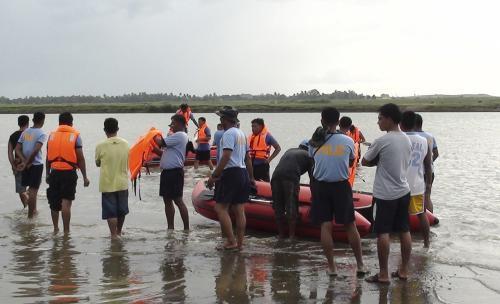 Záchranáři na Filipínách se připravují na tajfun Megi