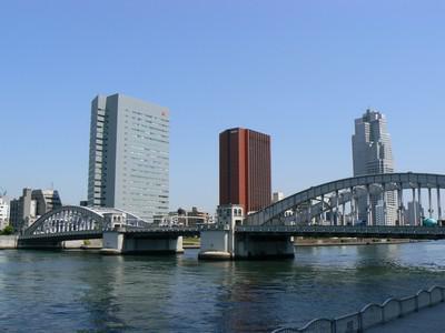 Pohled na Tokio přes záliv