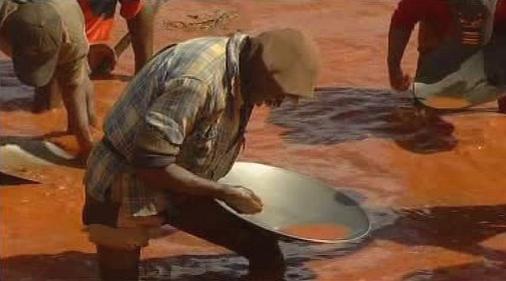 Hledání zlata na Madagaskaru