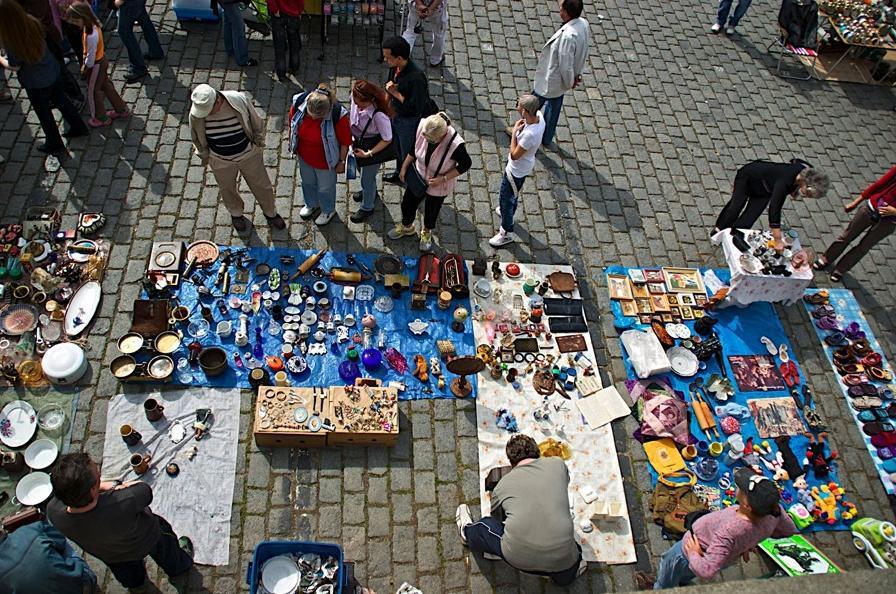 Bleší trhy na pražské náplavce