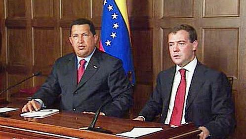 Hugo Chávez a Dmitrij Medveděv