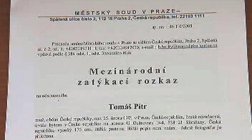Mezinárodní zatykač na Tomáše Pitra