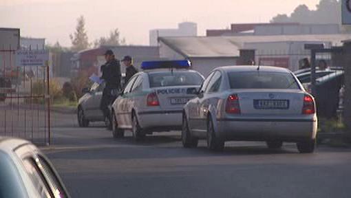 Kolona policejních vozidel