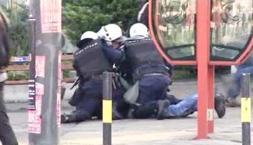 Srbská policie zasahuje proti demonstrantům