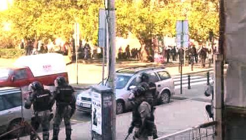 Střet policie s demonstranty v Bělehradě