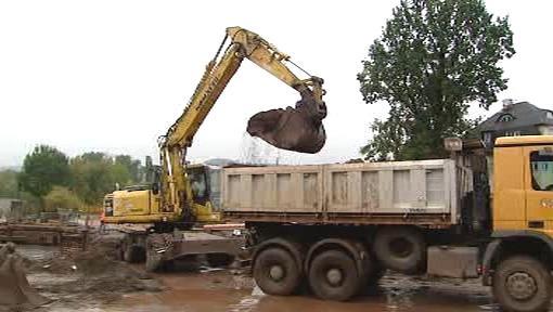 Stavba kanalizace ve Vrchlabí
