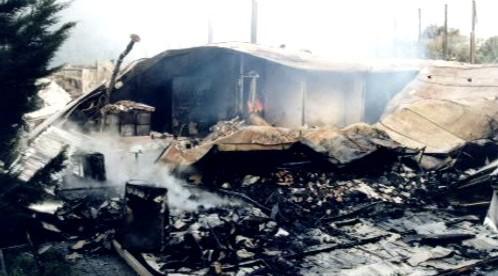 Zbytky sportovní haly Bios po požáru