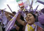 Protesty Íránců v Paříži