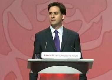 Ed Miliband se stává šéfem labouristů