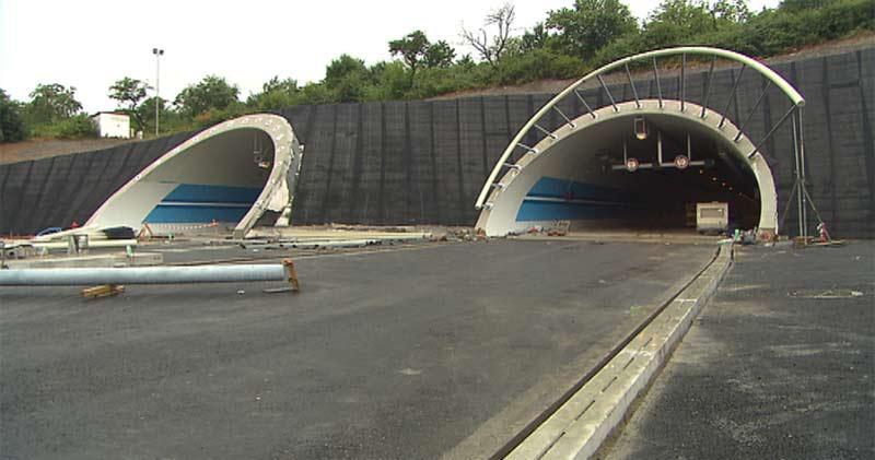 Tunely na novém úseku Pražského okruhu