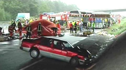 Tragická nehoda polského autobusu u Berlína