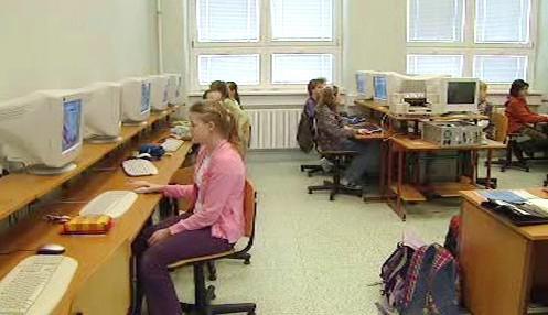 Žáci v počítačové učebně