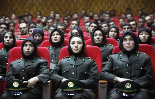 Důstojnice afghánské armády