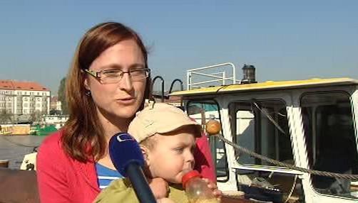 Leona Pejcharová s malým Matyášem