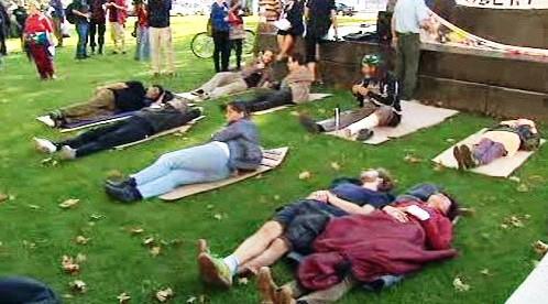 Protest proti zákonu proti bezdomovcům