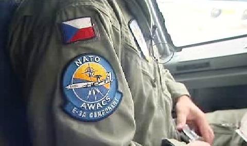 Česko má prvního pilotu systému AWACS