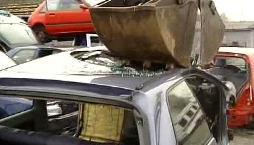 Sešrotování automobilu