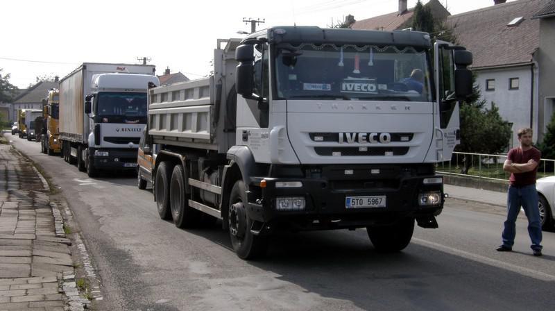 Zastavené kamiony