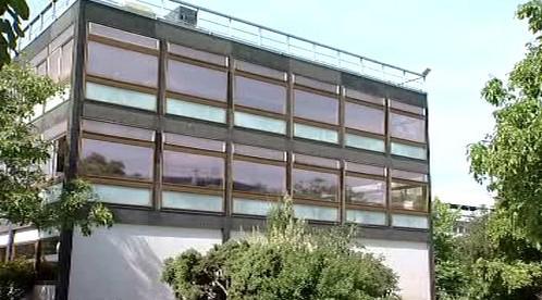 Okna potažená speciální fólií