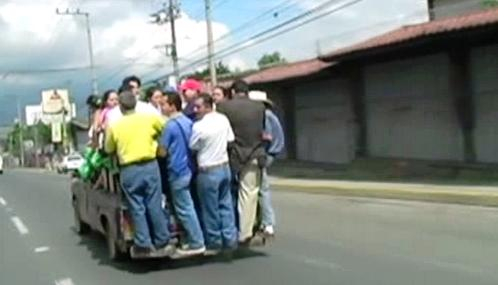 Kvůli výhrůžkám gangů nefunguje v Salvadoru veřejná doprava