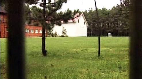 Vojenské letiště v Szymanech