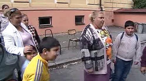 Romové protestují proti stěhování