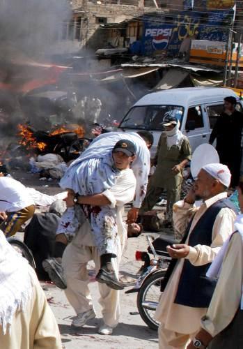 Následky teroristického útoku v pákistánské Kvétě