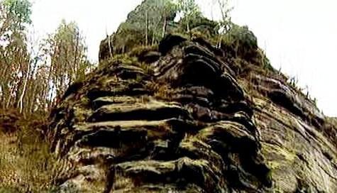 Skalní masiv v Hřensku