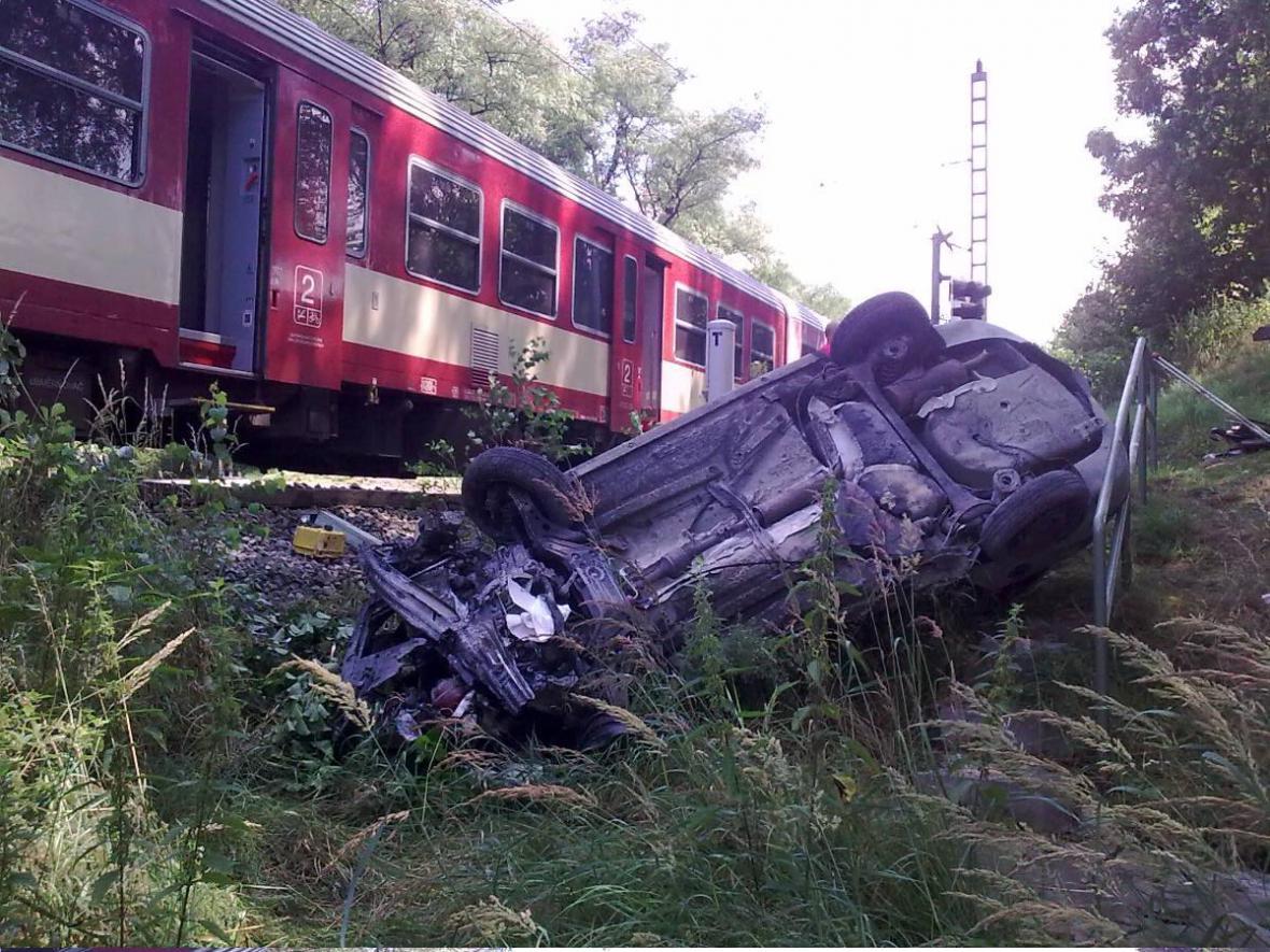 Střet vlaku s osobním autem