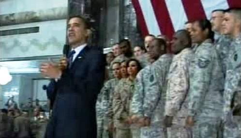Barack Obama u amerických vojáků v Iráku