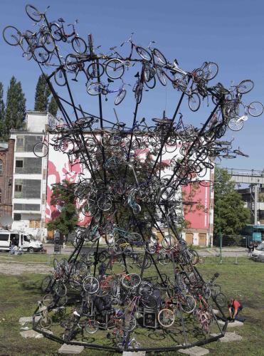Pomník na počest odborového hnutí Solidarita