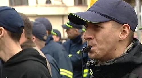 Demonstrující hasič