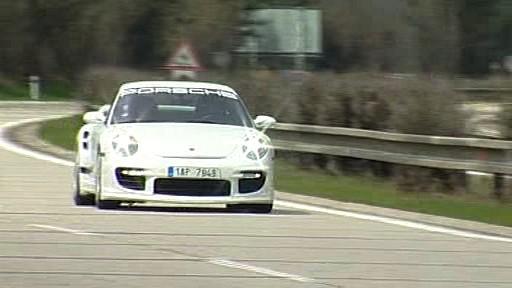 Porsche na dálnici D1