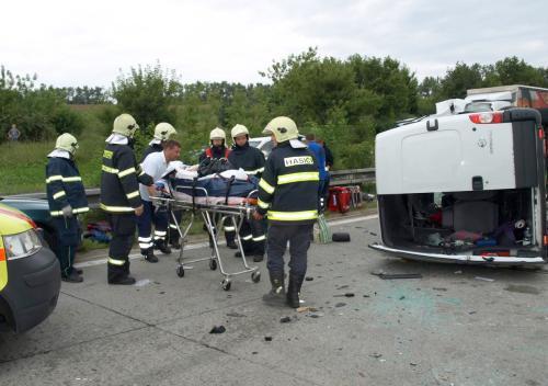 Nehoda mikrobusu