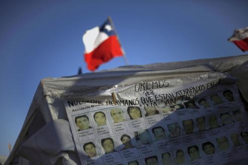 Obrázky zavalených chilských horníků