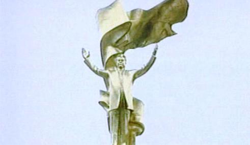 Socha turkmenského diktátora Nijazova