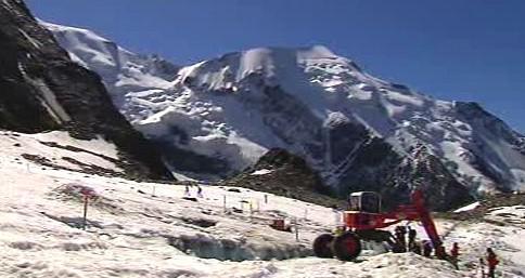 Odčerpávání jezera pod Mont Blancem