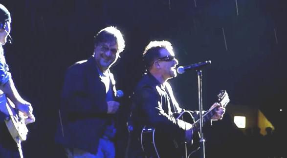Jurij Ševčuk si v Moskvě zazpíval s U2