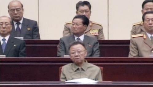 Kim Čong-il na zasedání parlamentu